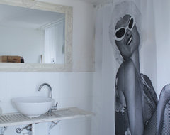 My Houzz: Marie and Gil: Bene Atarot, Israel eclectic-bathroom