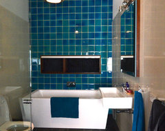 My Houzz: Relaxed Australian Retreat for Busy Circus Family eclectic-bathroom