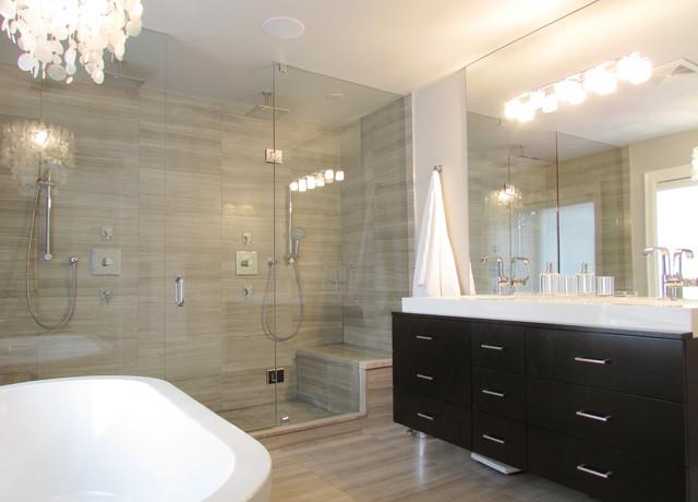 Popular Contemporary Bathroom by Jenn Hannotte Hannotte Interiors