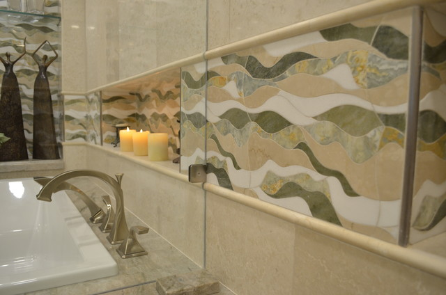 Inspiration for a transitional bathroom remodel in Miami