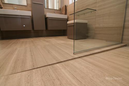 IMAGE(http://st.houzz.com/simgs/b76197ae01b4be50_8-9700/contemporary-bathroom.jpg)