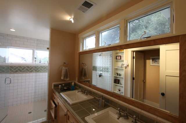 Neish Residence craftsman-bathroom