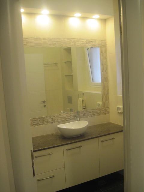 Netanya- vacation home contemporary-bathroom