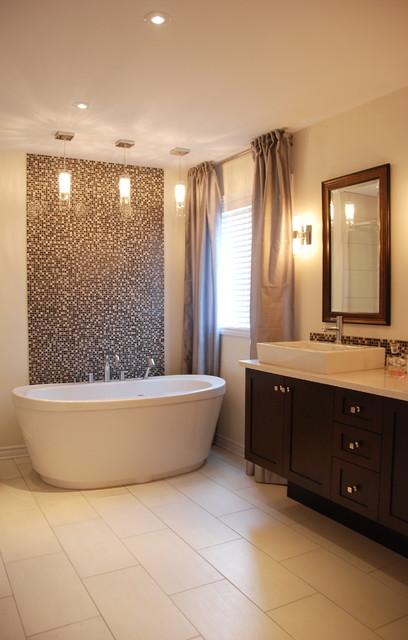 New build, Pierrefonds contemporary-bathroom