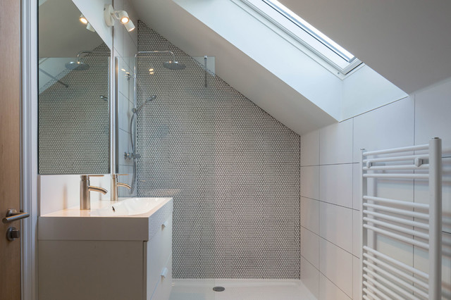 New Build Semi Detached Houses At Hordle Gardens Contemporary Bathroom Hertfordshire By