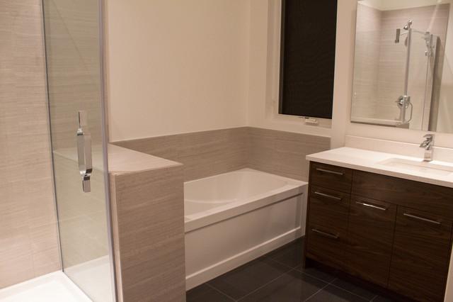 New construction contemporary-bathroom