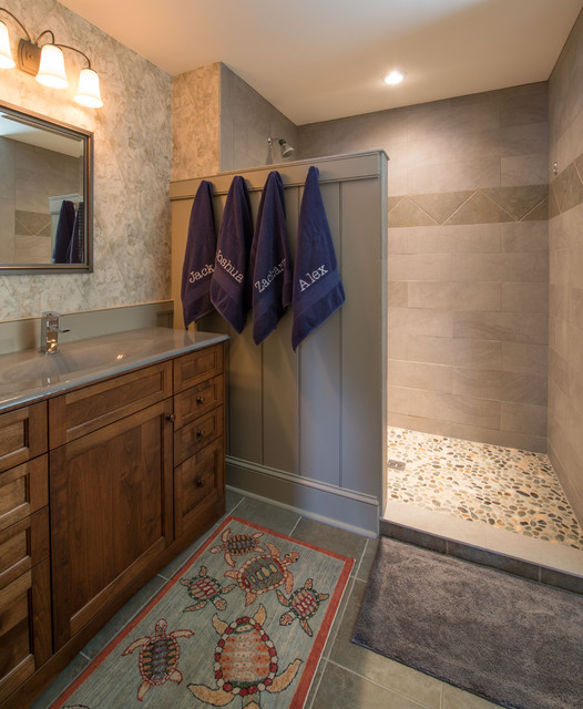 New england colonial traditional bathroom boston for Colonial bathroom ideas