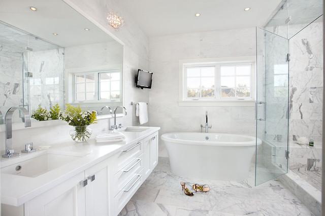 Дизайны ванных комнат в белых тонах