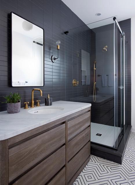 New Jersey Shore Craftsman beach-style-bathroom