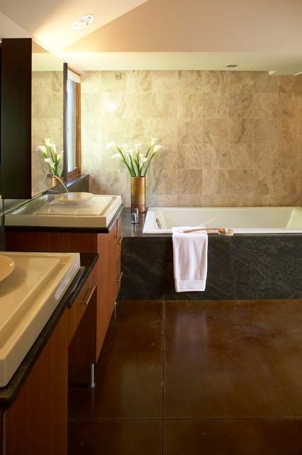 New Prairie modern-bathroom