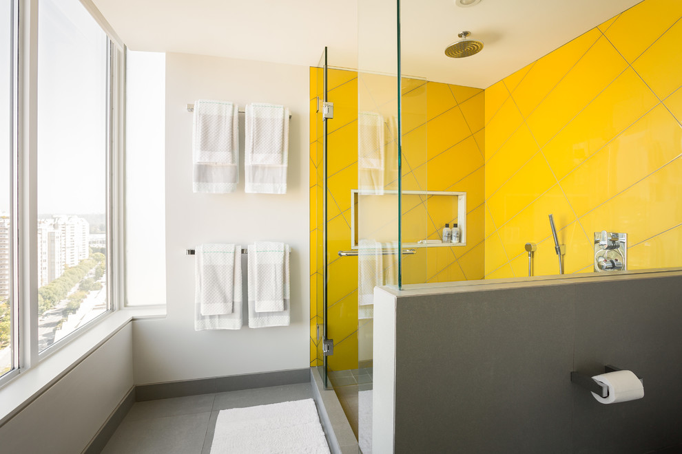 Example of a large minimalist master yellow tile and ceramic tile porcelain tile doorless shower design in Vancouver with an undermount sink, quartz countertops, a two-piece toilet, gray walls and a hinged shower door