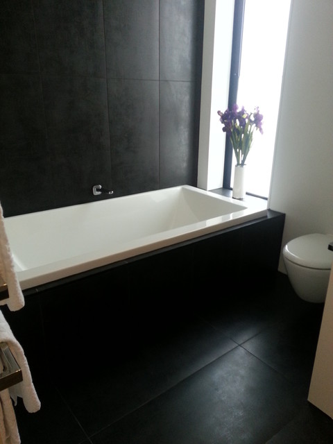 nero tiled bathroom 5 lombardia way karaka contemporary bathroom