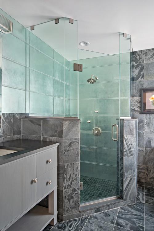 a dynamic gray bathroom