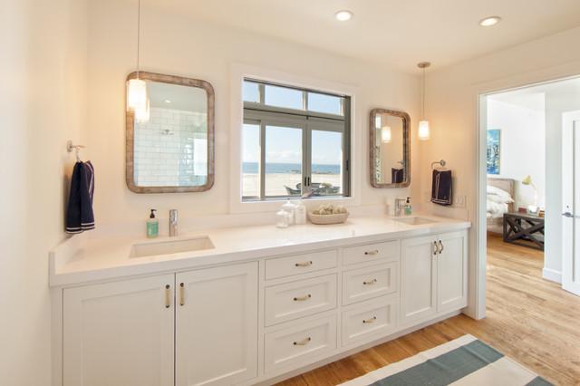 Newport Beach Ocean Front Beach Style Bathroom Orange County By William Guidero Planning