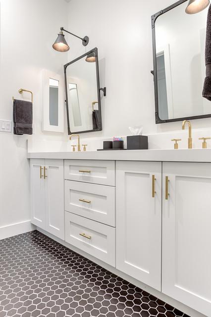 Newport Transitional Bathroom Phoenix By Sollid