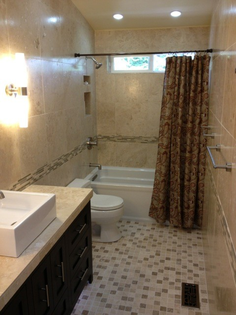Noce and ivory mix 2x2 tumbled travertine mosaic guest for Tumbled marble bathroom designs