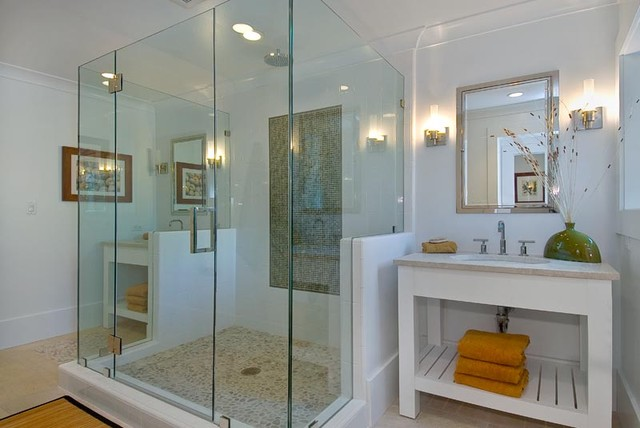 Noe Valley Three contemporary-bathroom