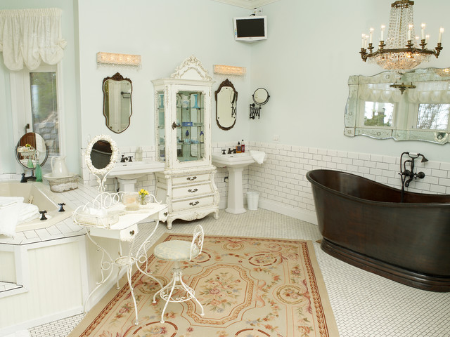 Parfaite North Carolina Mountain Home Shabby Chic Style Bathroom