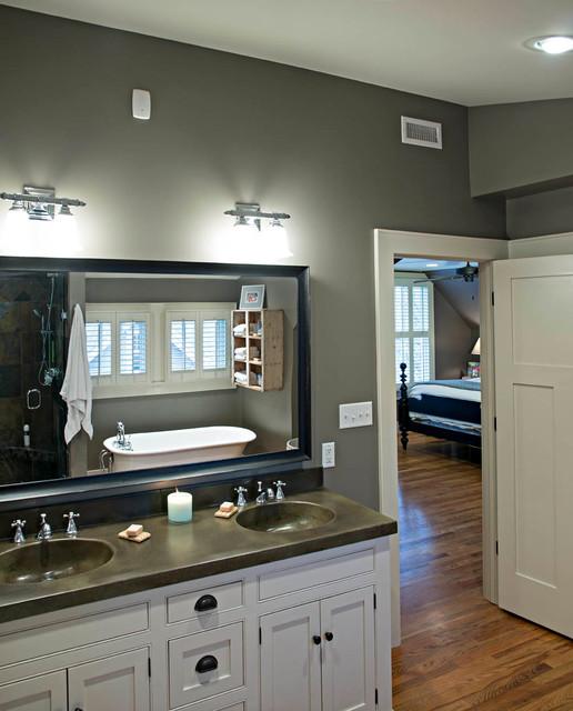 North Chattanooga Renovation Traditional Bathroom