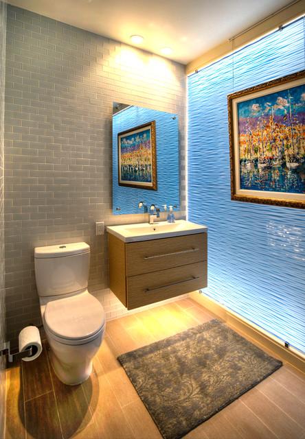 North Clearwater Beach Residence Modern Bathroom