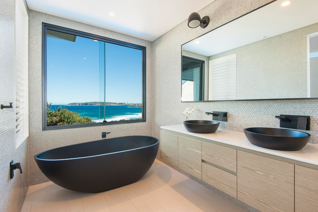 NORTH CURL CURL contemporary-bathroom