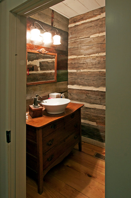 Log cabin bathroom decor bclskeystrokes for Log cabin bathroom pictures