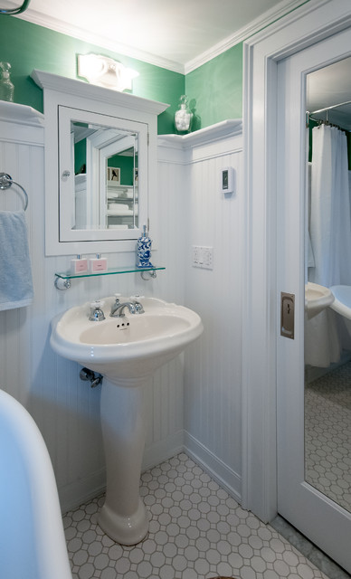 North Scituate Ri Hall Bath Remodel Traditional Bathroom Providence By Insperiors Llc