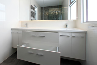 ... - Bathroom - melbourne - by Melbourne Contemporary Kitchens