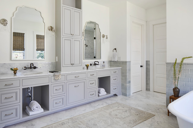 9 Ideas For The Space Between Double Sinks In The Bathroom