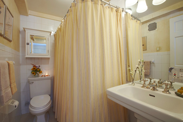 Novelle West 12th Street NYC traditional-bathroom