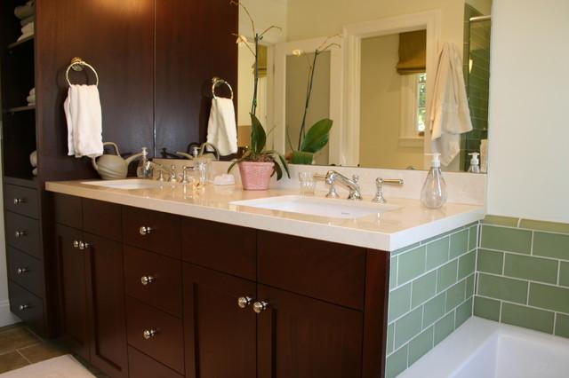 Oakland Hills Traditional traditional-bathroom