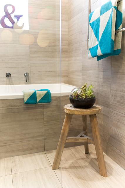 Oakleigh Renovation traditional bathroom. Oakleigh Renovation   Traditional   Bathroom   Melbourne   by GIA