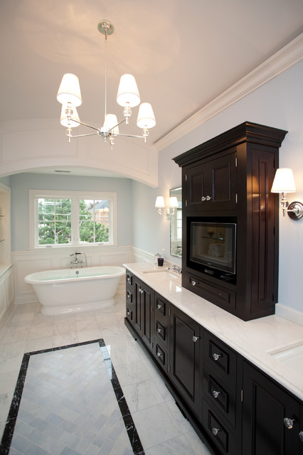 Oakley Home Builders traditional-bathroom