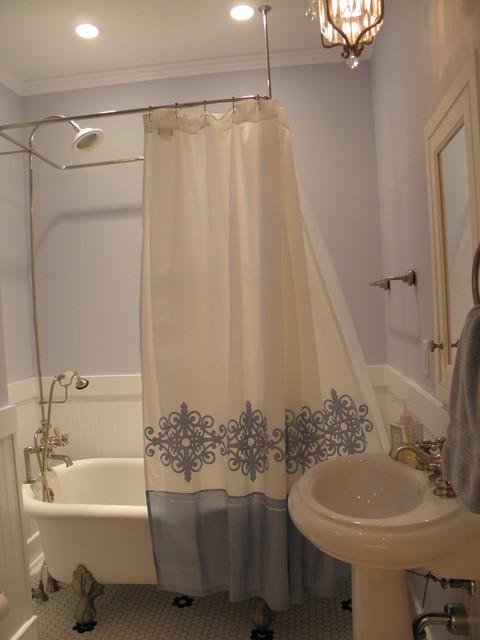 Oakwood Addition and Renovation traditional-bathroom