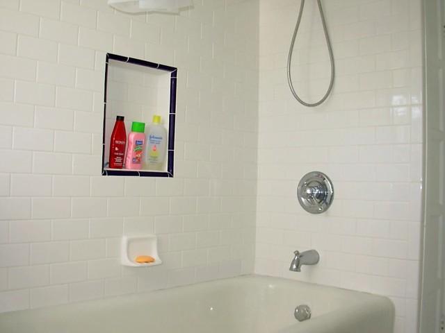 Octagon Tiling traditional-bathroom