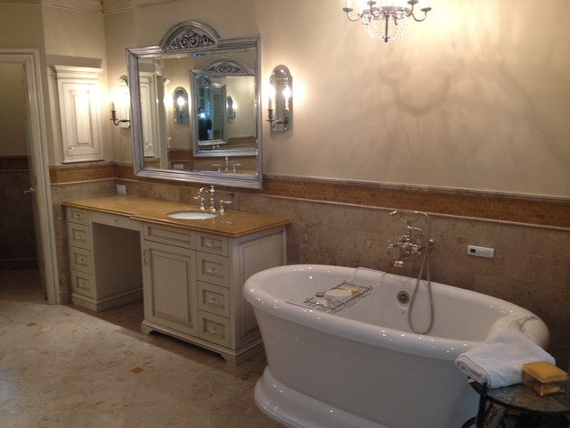 Old Oak Bathroom Remodel traditional bathroom. Old Oak Bathroom Remodel   Traditional   Bathroom   Dallas   by RS