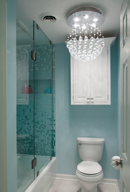 Ombre bathroom for teenage girls eclectic bathroom for Bathroom designs for teenage girls
