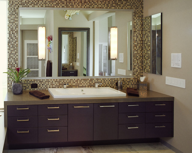 contemporary bathroom by Zieba Builders, Inc.