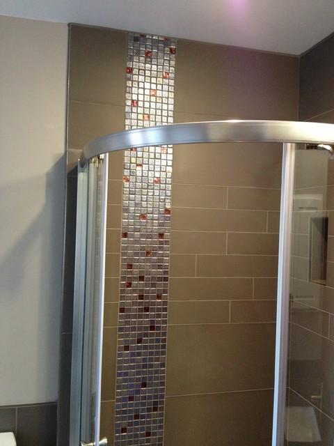 Ottawa south. contemporary-bathroom