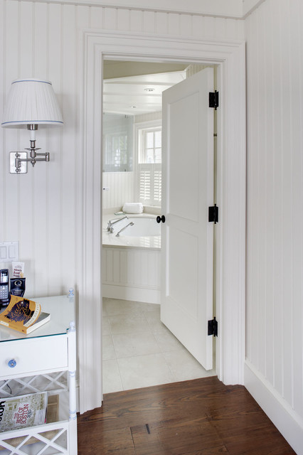 Ovation Collection traditional-bathroom