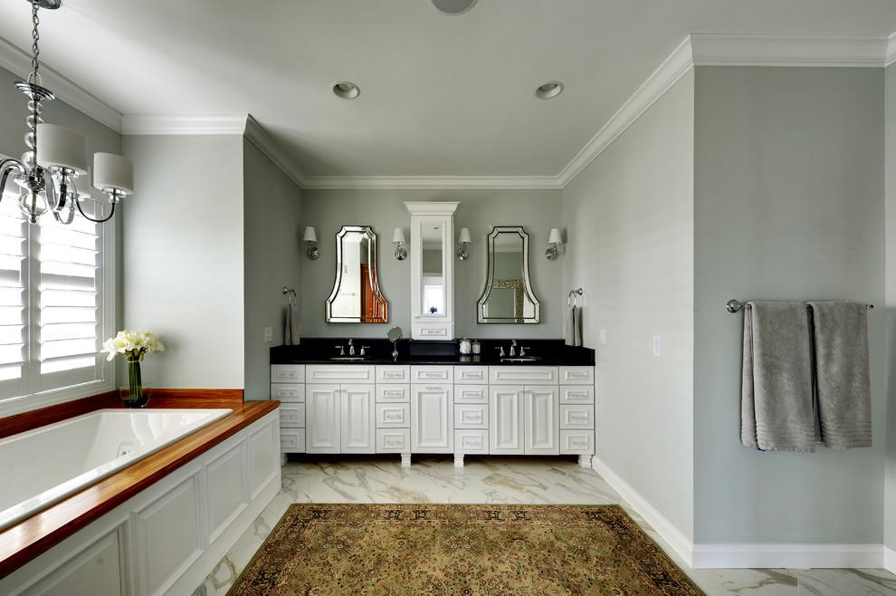 Drop-in bathtub - traditional drop-in bathtub idea in Philadelphia
