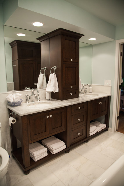 Oyster bay renovation traditional bathroom tampa for Bathroom renovation tampa