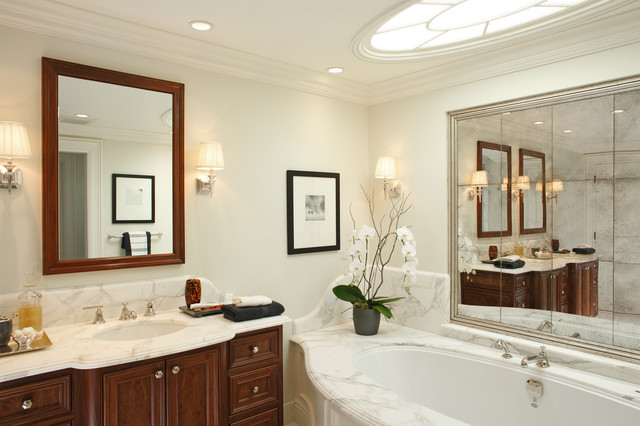 Pacific Heights Home Bathroom contemporary-bathroom