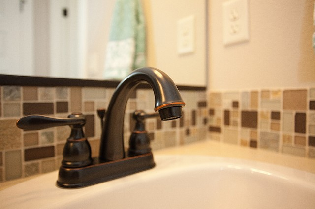 Pacific Lifestyle Homes New Home Communities traditional-bathroom