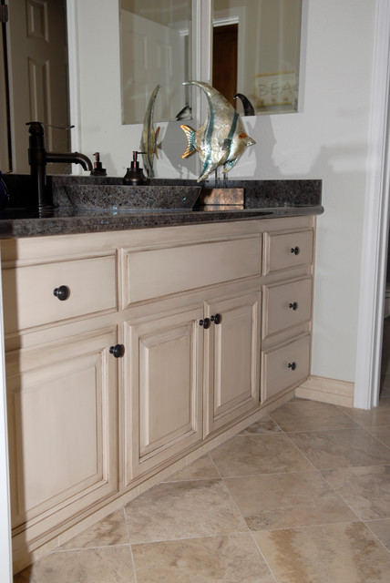 Painted Amp Glazed Bathroom Cabinets Traditional