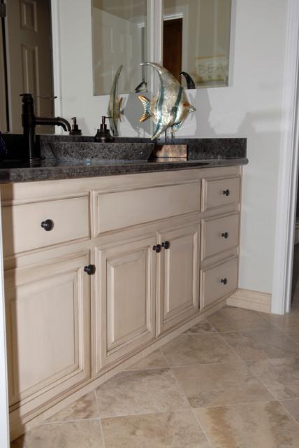 Painted Glazed Bathroom Cabinets