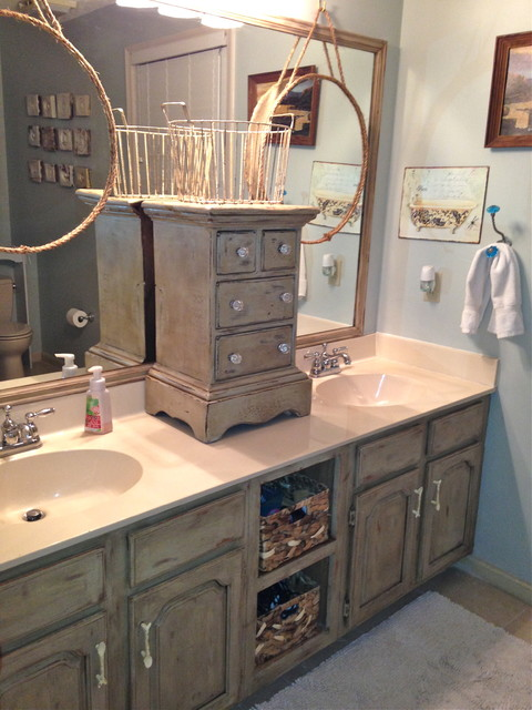 Genial Painted Vanity Cabinets Traditional Bathroom