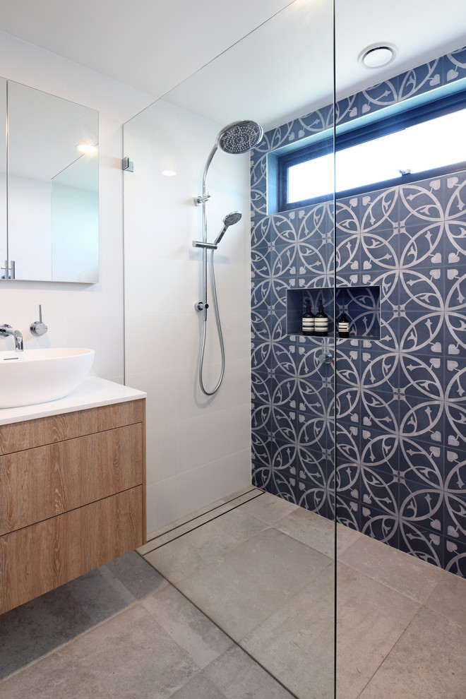 Palm Beach Guest Bathroom - Contemporary - Bathroom ...