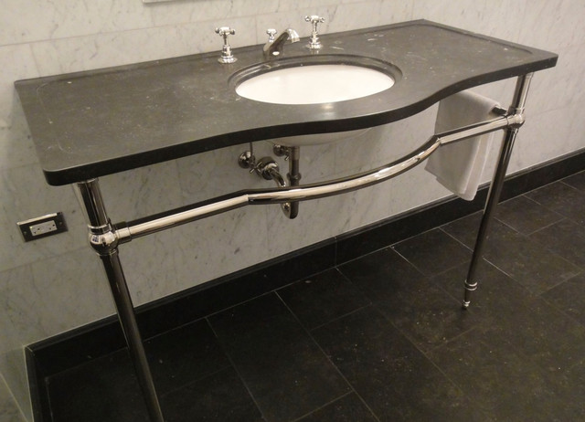 Palmer Console Washstand Tapered Foot with Curved Crossbar - Bathroom ...