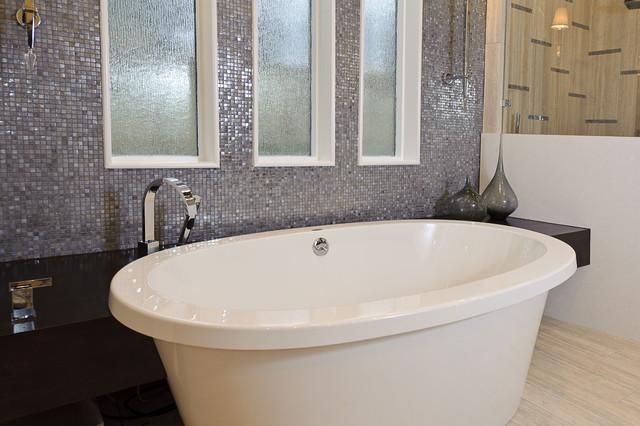 Parade of Homes- Bath modern-bathroom